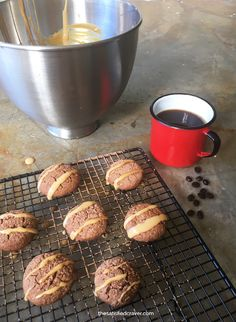 Chocotorta Cookies with Sea Salt Dulce de Leche // The Satisfied Craver
