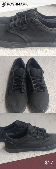 ae0e90143600 Black Vans Authentic Black VANS Authentic in a Women s size 8 OR a Men s  size 6.5
