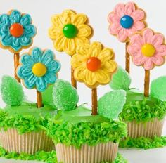 pretty flower cakes