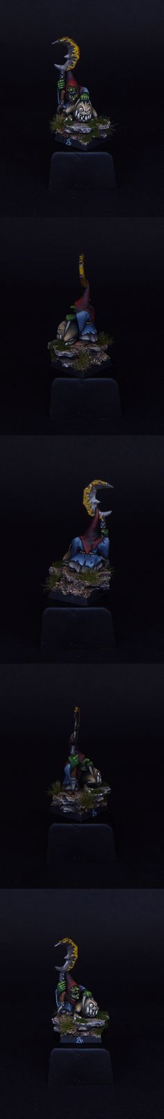 Night Goblins Squig Hopper Standard