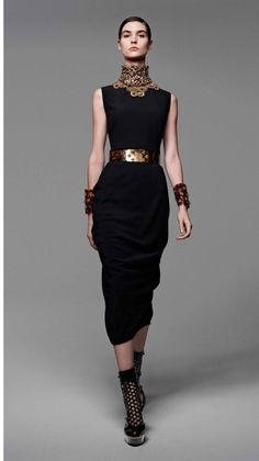 Alexander McQueen   2013 SS Fashion Show   Womens Spring Summer Collection