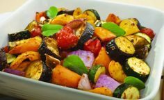 Weight Watchers Roasted Vegetables Recipe - 1 point per serving Roasted Veggies Recipe, Roasted Vegetable Recipes, Roasted Vegetables, Veggie Recipes, Vegetarian Recipes, Cooking Recipes, Healthy Recipes, Dishes Recipes, Grilled Veggies