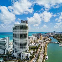 Lovely #EasterSunday views of Miami Beach  by @edinchavez #happyeaster #miamibeach #oceanviews #miami