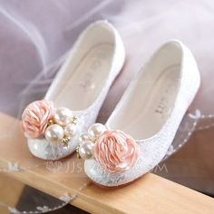 Girl's Round Toe Closed Toe Lace Flat Heel Flats Flower Girl Shoes With Beading Flower - Girls' Shoes - JJ's House Flower Girl Shoes, Little Girl Shoes, Cute Baby Shoes, Toddler Girl Shoes, Baby Girl Shoes, Kid Shoes, Flower Girls, Shoes Sneakers, High Heels For Kids