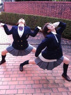What Years Of Anime Will Do To You In This Picture: Photo of schoolgirls dancing