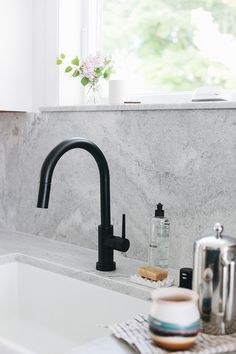 How We Added Technology to Our Kitchen Renovation with Delta Faucet Old Home Renovation, Eclectic Modern, Delta Faucets, Minimalist Decor, Home Improvement Projects, Home Decor Inspiration, Design Inspiration, Solar Panels, Seattle