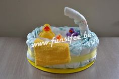 leuke pampertaart Cake, Desserts, Gifts, Food, Ideas, Tailgate Desserts, Deserts, Presents, Kuchen