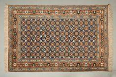 Grand VERAMINE (Région de Téhéran), vers 1960/70  Sur fond bleu de prusse, décor…