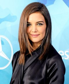 Katie Holmes arrives at WWD And Variety Inaugural Stylemakers' Event at Smashbox Studios on November 19, 2015 in Culver City, California.   Photo Jon Kopalof http://www.usmagazine.com/celebrity-style/news/katie-holmes-straightens-hair-red-carpet-video-w158064