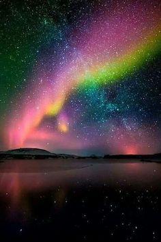 Aurora boreale e via lattea in Islanda