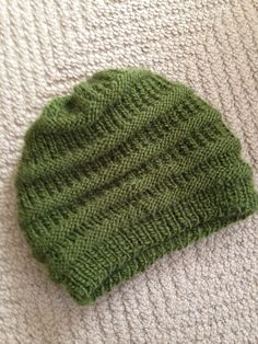 Ravelry: Easy Knit Slouchy Beanie by Siobhan McRee