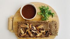 Soppstek med aubergine og kikerter — FAMILIEMAT Waffles, Tacos, Mexican, Breakfast, Ethnic Recipes, Food, Morning Coffee, Essen, Waffle