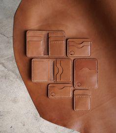 Minimalist Leather Wallet, Slim Leather Wallet, Handmade Leather Wallet, Leather Diy Crafts, Leather Projects, Leather Craft, Leather Wallet Pattern, Leather Laptop Case, Diy Wallet Mens
