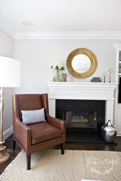 The Perfect Shades of Greige. Behr silver drop - i used this color in my living room. A perfect greige. Light Grey Paint Colors, Warm Gray Paint, Greige Paint Colors, Room Paint Colors, Paint Colors For Living Room, Interior Paint Colors, My Living Room, Home And Living, Living Room Decor