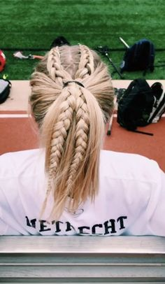Softball Hairstyles, Athletic Hairstyles, Pretty Hairstyles, Girl Hairstyles, Braided Hairstyles, Cute Sporty Hairstyles, Hairstyles Videos, Track Hairstyles, Princess Hairstyles