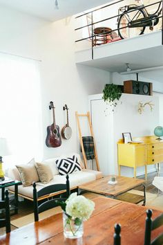 loft life in chicago via SFGirlByBay | Case Study V-Leg Daybed |