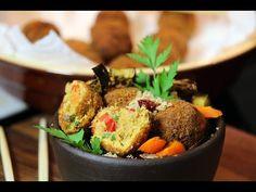 Boulettes au thon croustillantes, salade de quinoa et légumes - YouTube