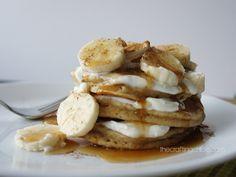 Sour cream and banana whole wheat pancakes Pancake Toppings, Whole Wheat Pancakes, Plain Yogurt, Banana Pancakes, Maple Syrup, Sour Cream, Sony, Butter, Vegetarian