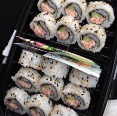 Image about sushi in Food 😍🍕 by Massh on We Heart It Think Food, I Love Food, Good Food, Yummy Food, Food Porn, Tumblr Food, Food Goals, Aesthetic Food, Aesthetic Japan