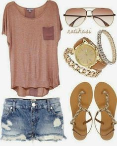 Love this simple but cute outfit with gorgeous jewelry -