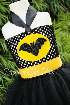Batman/Bat Girl Tutu Halloween Costume Size 2t. $50.00, via Etsy.