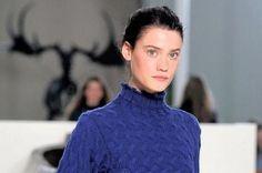 #EIFF #GraemeBlack #DiGilpin #Knitwear #Scottish #Fashion #2014 #Edinburgh #Cable #Knit Scottish Fashion, Fashion 2014, Edinburgh, Wearable Art, Cable Knit, Collaboration, Knitwear, Art Ideas, Turtle Neck