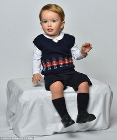 Daily Mail provided a knit pattern of Prince George's adorable vest so you can make your own child look like a prince.
