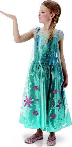 Este disfraz es perfecto para convertirte en Elsa Frozen en una fiesta de cumpleaños.
