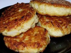 Lenten Oatmeal CUTLETS Meatless oat cakes mainly consumed during fasting, but they are just as well suited to a vegetarian diet. Vegetarian Recipes, Cooking Recipes, Healthy Recipes, Good Food, Yummy Food, Russian Recipes, Recipe For 4, Food Photo, Food To Make