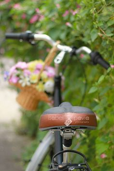 Bikes and blooms ♡°