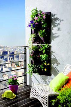 Intermas Gardening change de plan avec Vertical Garden  Intermas Gardening propose une solution pour embellir l'horizon des terrasses et des balcons : Vertical Garden, une jardinière à la verticale. http://www.pariscotejardin.fr/2013/04/intermas-gardening-change-de-plan-avec-vertical-garden/