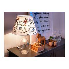 ALVINE PÄRLA Skärm IKEA Du kan skapa en mjuk, mysig atmosfär i ditt hem med en textilskärm som sprider ett jämnt och dekorativt ljus.