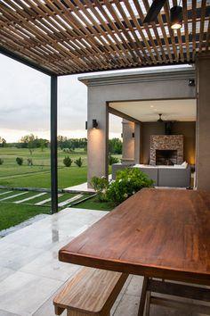 Pergola With Retractable Roof Key: 2195381633 Backyard Pergola, Diy Patio, Pergola Plans, Pergola Kits, Rustic Exterior, Modern Farmhouse Exterior, Modern Small House Design, Modern House Plans, Modern Pergola