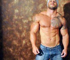 Muscle men I like