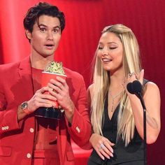 Chase Stokes and Madelyn Cline Share Steamy Kiss at 2021 MTV Awards