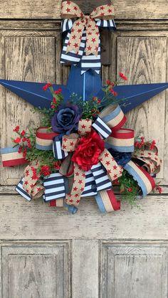 Patriotic Crafts, July Crafts, Summer Crafts, Patriotic Wreath, Americana Crafts, Summer Fun, Fourth Of July Decor, 4th Of July Decorations, July 4th