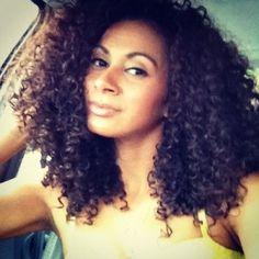 Kenya // 3B/C Natural Hair Style Icon   Black Girl with Long Hair.....gorgeous