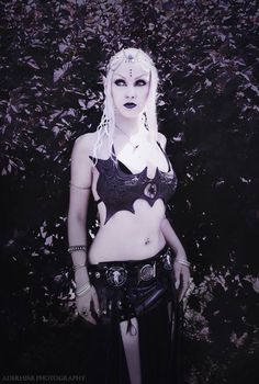 Model: Nefru Merit  Photo: Aderhine  Welcome to Gothic and Amazing