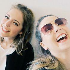 I love Zoe's laugh. She's so pretty.