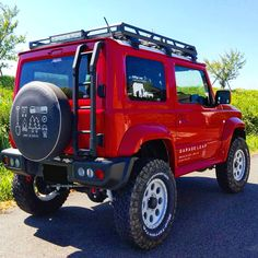 Best Off Road Vehicles, Jimny Suzuki, Suzuki Cars, Adventure Car, Car Supplies, Big Rig Trucks, Car Brands, Cars And Motorcycles, Touring