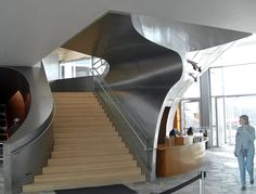 Randall Stout grew up in Tennessee, so to envision Chattanooga's new American Art Museum was a honor for his architectural team. Zahner developed its patina. Hunter Museum, Staircases, Amazing Architecture, American Art, Museums, Shell, Stairs, Ceiling, The Incredibles
