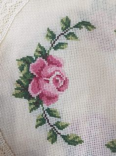 Cross Stitch Flowers, Cross Stitch Patterns, Hand Embroidery, Diy And Crafts, Projects To Try, Crochet, Cross Stitch Rose, Smocking, Embroidery Ideas