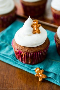 Gingerbread Cupcakes #baking #cooking #food #recipes #cake #desserts #win #cookies #recipe #cakes #cupcakes