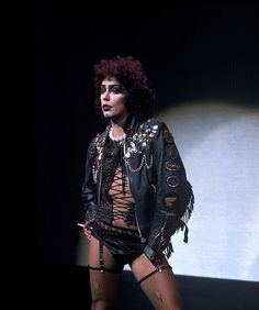 Tim Curry performing as Frank 'N' Furter in the original American production of The Rocky Horror Picture Show at the Belasco Theater on March Photos: Waring Abbott 😻😻😻 Tim Curry Rocky Horror, Rocky Horror Show, The Rocky Horror Picture Show, Movies Showing, Movies And Tv Shows, The Frankenstein, Frankenstein Costume, 70s Punk, Actors & Actresses