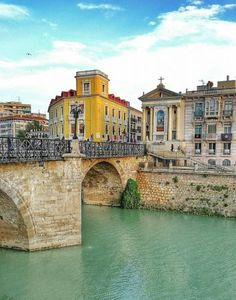 Puente Viejo sobre el río Segura en Murcia Spain And Portugal, Portugal Travel, Spain Travel, Portugal Trip, Dream Vacations, Vacation Spots, Places In Spain, Places Of Interest, Granada
