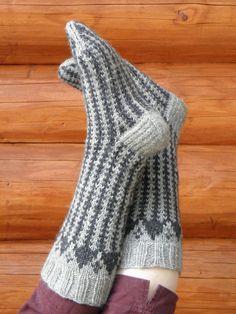 Knitting Socks, Fingerless Gloves, Arm Warmers, Mittens, Slippers, Crochet, Pattern, Crafts, Olympus