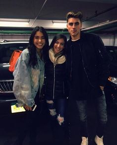Madison Beer and Jack Gilinsky with a fan at Madison Square Garden! (November 20th, 2016)