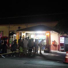 おわら風の盆の最終日だけあって夜中も越中八尾駅は混雑していました