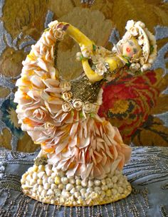 here is the sister to the other shell doll found in chicago....she is a happy dancer , her sister is the princess photo credit: j. bhang
