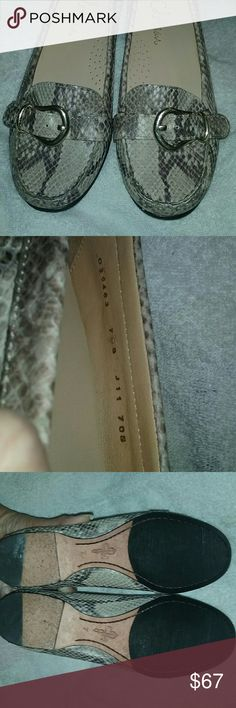 C. Haan  Python NEW -ish  Snakeskin Shoes !! Gorgeous tan and gray python snakeskin comfort loafer. Guc, see photos. No holes, no damage. These run slightly smaller /  not tts number, and I'd suggest best fit  for 6 1/2 IF you're not very familiar with Cole Haan brand.  Authentic with serial number, see photograph. Cole Haan Shoes
